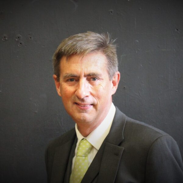 Mr Tim Cashell